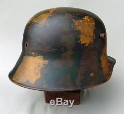 Original WW1 German M16 Helmet painted with camouflage and