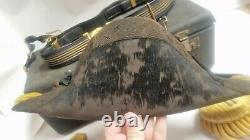 Us Navy Wwi Lieutenant Case W Beaver Fur Bicorn Hat & Epaulets & Sword Belt