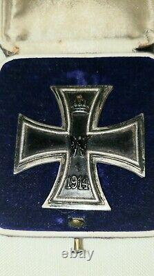 WW1 German Imperial. A 1914 Iron cross 1st. Class with case, by KO