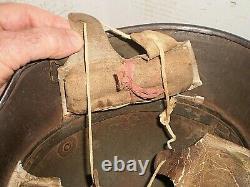 WW1 German steel helmet M17 original paint, liner, Si62