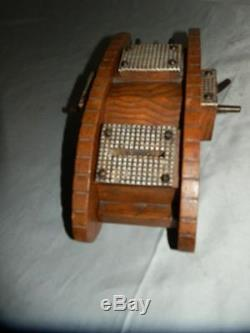 WW1 Trench Art Treen Wooden Tank Money Box (Beautiful Hand Carved)
