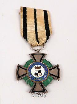 WWI German pin cross badge medal WW2 Hohenzollern award House Order enamel award