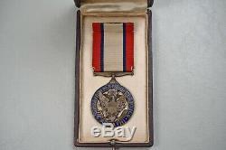 Wwi U. S. Distinguished Service Medal In Dsm Marked Domed Case